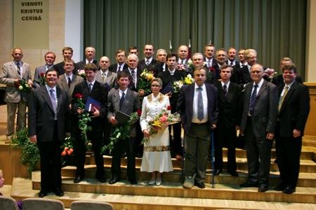 Professional pastoral education program graduates. 2007.06.30