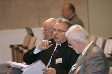 Baltic Union Conference Constituency meeting [Rīga, Latvia] 2009.06.04. From the left: Paul Clee (field secretary of the Trans–Europeand Division), Valdis Zilgalvis (president of the Baltic Union Conference) and Bertil Wiklander (president of the Trans–Europeand Division).