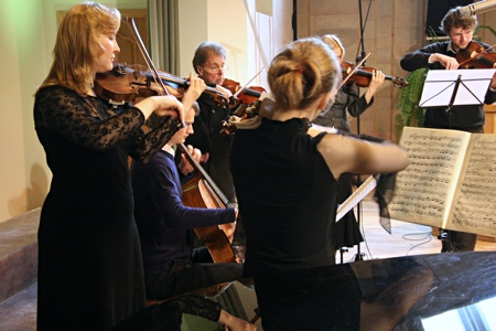 Closing worship service of Baltic Union Conference Constituency meeting [Rīga, Latvia] 2009.06.06. AMAZEO ensemble.