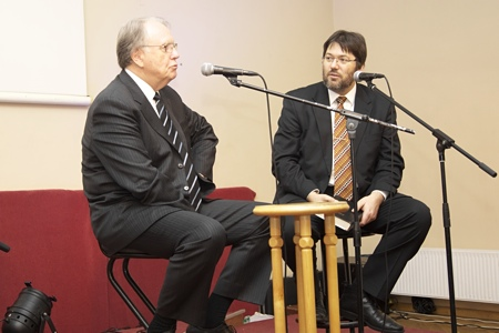 General Conference president emeritus Dr Th Jan Paulsen meets Adventist youth from the Baltic countries (2012.01.14)